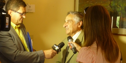 Being interviewed by the press in Montecatini as a preview to the premier of Pinocchio in Musica in the town of Collodi