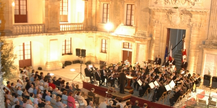 A concert with the Count Roger Band Club at Vilhena Palace, Rabat